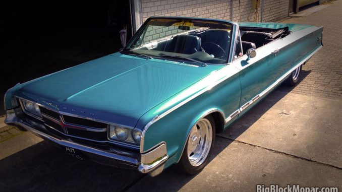 Image of 1965 Chrysler 300 Convertible