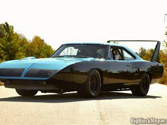 Plymouth Superbird Black blue