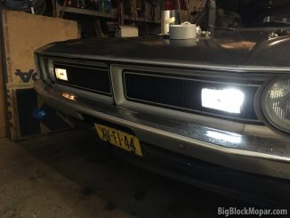 1973 Dodge Dart with LED light in driverside turnsignal housing comparison.